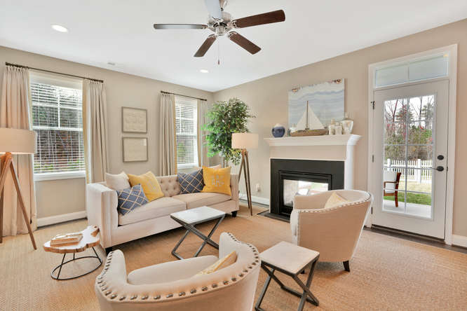 5239 Bedford Falls Circle Glen-small-006-17-Living Room-666x444-72dpi