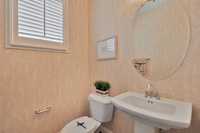5239 Bedford Falls Circle Glen-small-022-23-Powder Room-666x445-72dpi