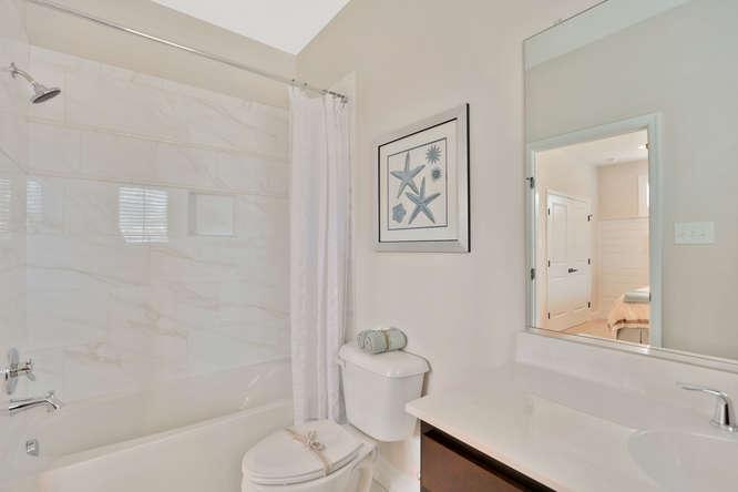 5239 Bedford Falls Circle Glen-small-026-35-Bedroom En suite-666x444-72dpi