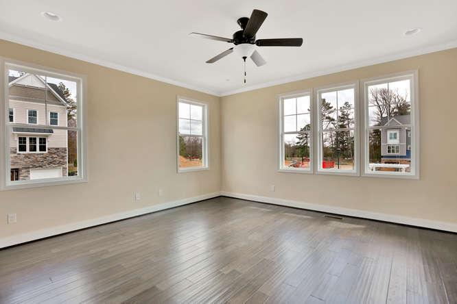 5255 Bedford Falls Circle Glen-small-009-13-Family Room-666x444-72dpi