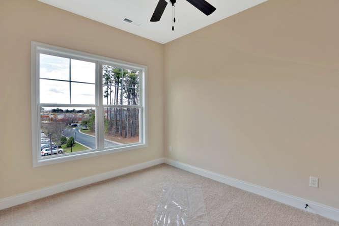 5255 Bedford Falls Circle Glen-small-019-12-Bedroom-666x444-72dpi
