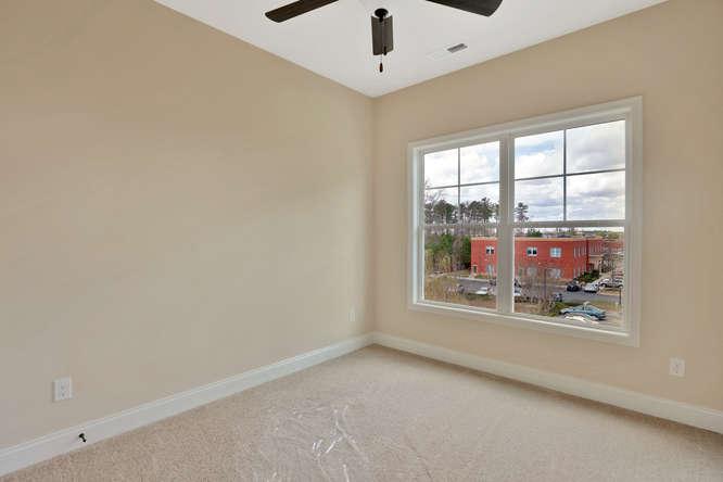 5255 Bedford Falls Circle Glen-small-021-14-Bedroom-666x444-72dpi