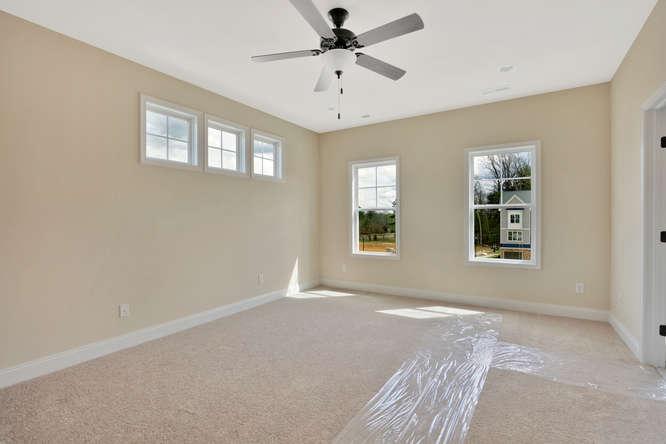 5255 Bedford Falls Circle Glen-small-023-20-Master Bedroom-666x445-72dpi